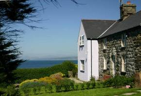 Rola Cottages  Cardigan Bay.